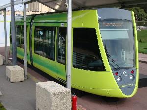 Présentation du tram Citadis de Reims à Paris