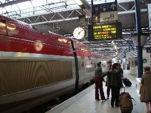Thalys au départ en gare de Bruxelles-Midi, photo Philippe-Enrico Attal