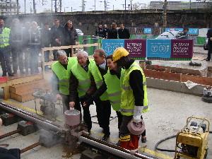 Une cérémonie a été organisée Porte de la Villette pour la première soudure sur le T3, photo Philippe-Enrico Attal